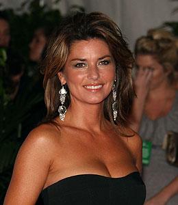 shania twain denies pregnancy rumors. Singer Shania Twain was spotted in ...