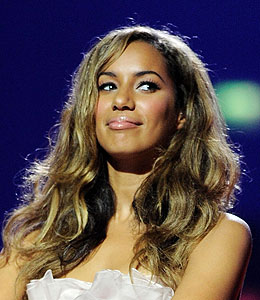 leona lewis cancel book tour assault