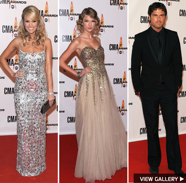 Carrie Underwood, Taylor Swift and Chuck Wicks at the CMA Awards