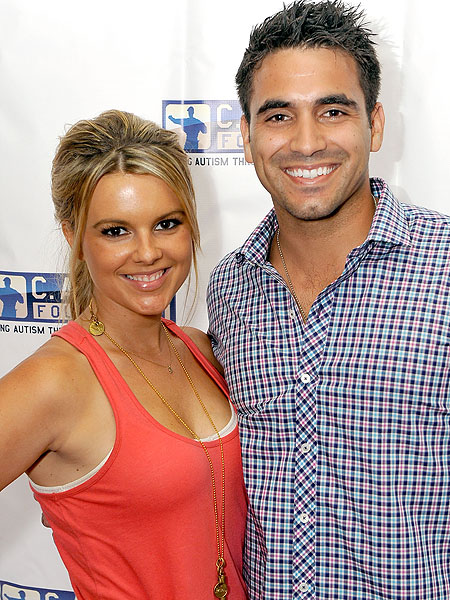 ali fedotowsky-roberto martinez.jpg