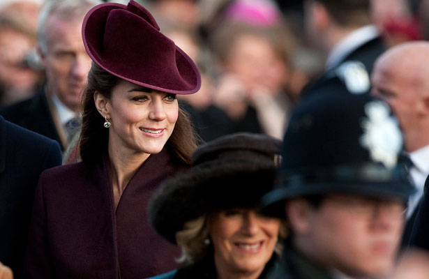 kate-middleton-crowd.jpg